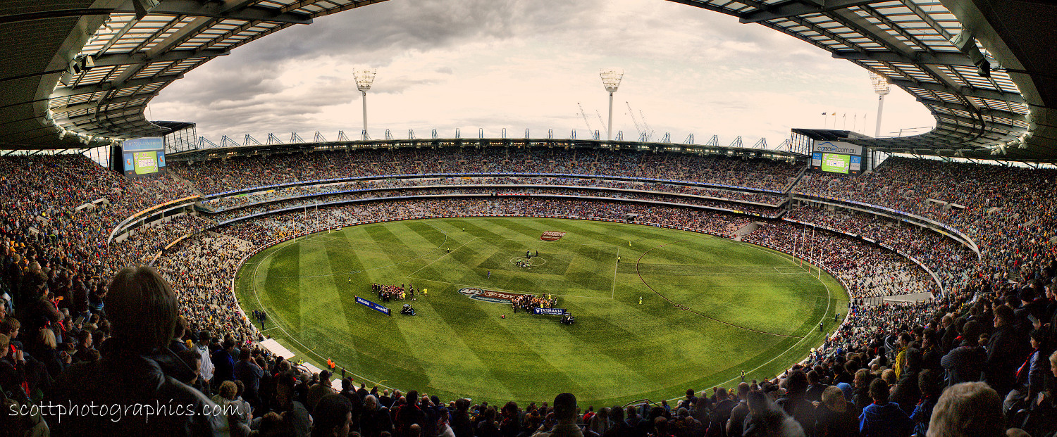http://www.images.scottphotographics.com/shot-of-the-day/%2316/the-melbourne-cricket-ground-HDR-2.jpg