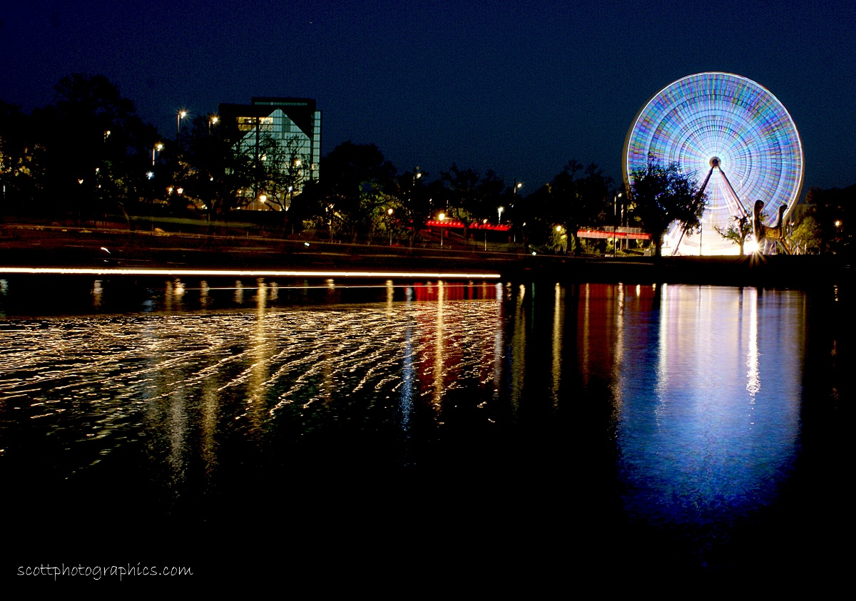 http://www.images.scottphotographics.com/shot-of-the-day/%2319/by-the-yarra-river-melbourne-australia-michael-scott-1.jpg