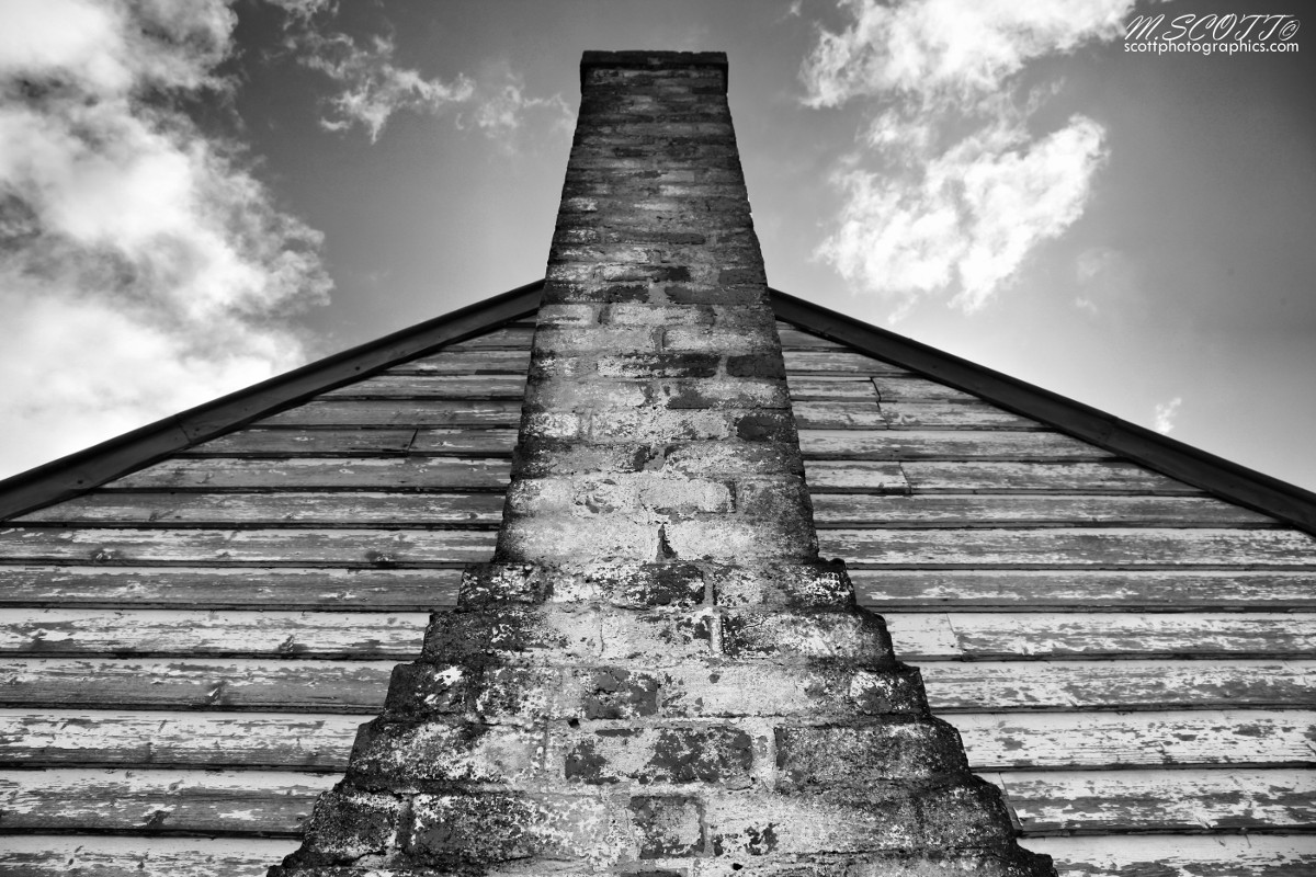 brick-chimney-cottage-victoria.jpg