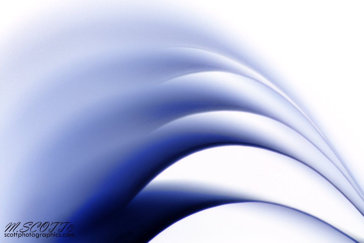 https://www.images.scottphotographics.com/shot-of-the-day/%2326/inverted-paper-sheets-coloured-2.jpg